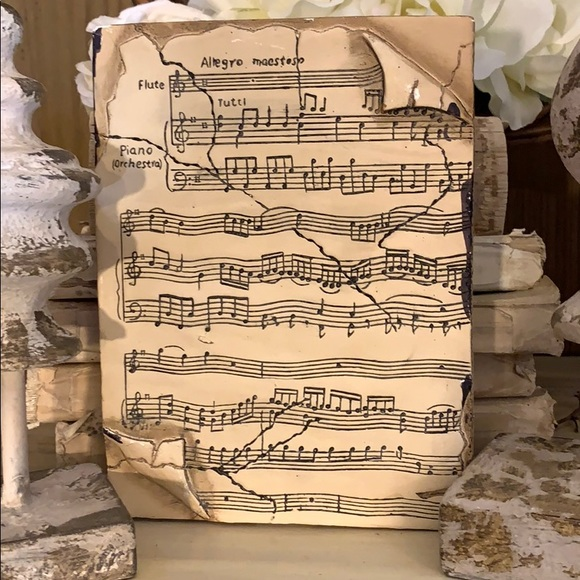 Vintage Other - Beautiful vintage musical motif memory tile